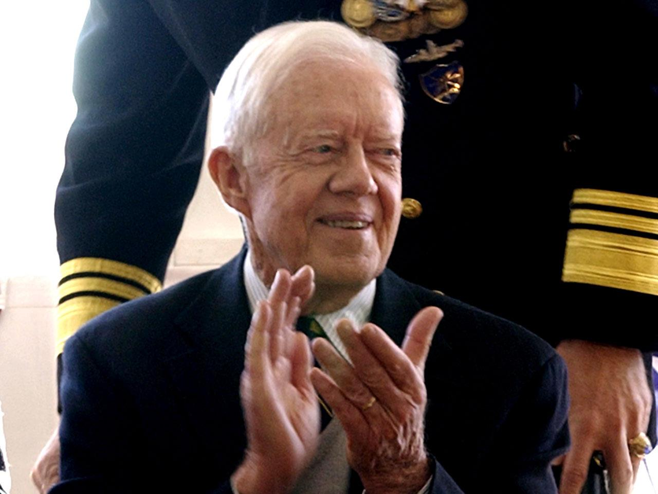 Jimmy Carter says he n...