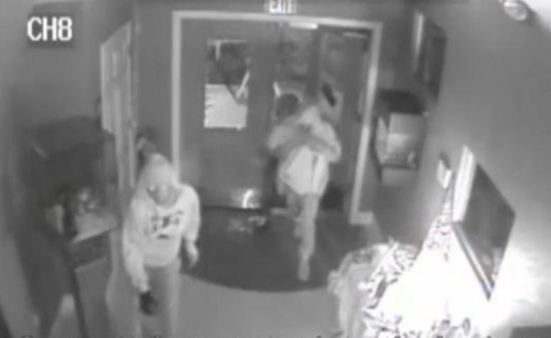 burglars break into john michaels diamond and jewelry