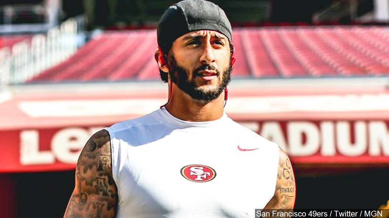 Kaepernick, 49ers teammate kneel during anthem