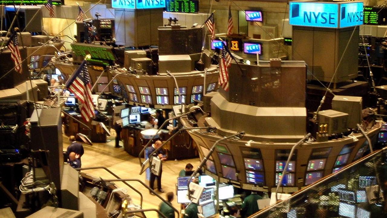 S&P 500, Dow and Nasdaq reach records
