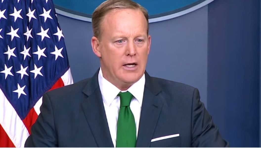 Spicer clarifies his initial statement that Hitler didn't use chemical weapons