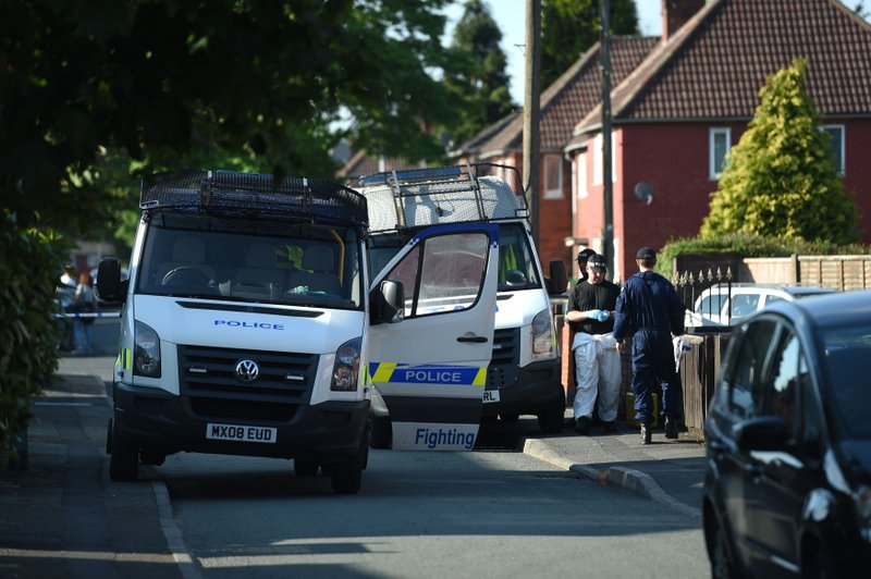 Police make more arrests in Manchester bomb but leaks feared