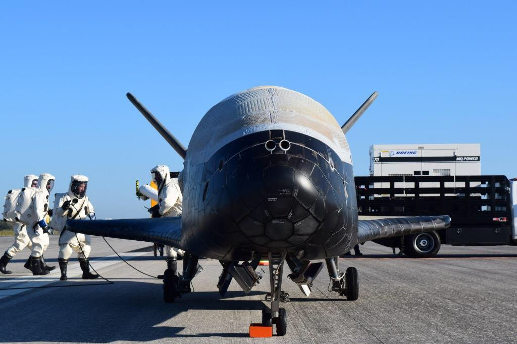 Unmanned shuttle rattles Florida residents with sonic boom