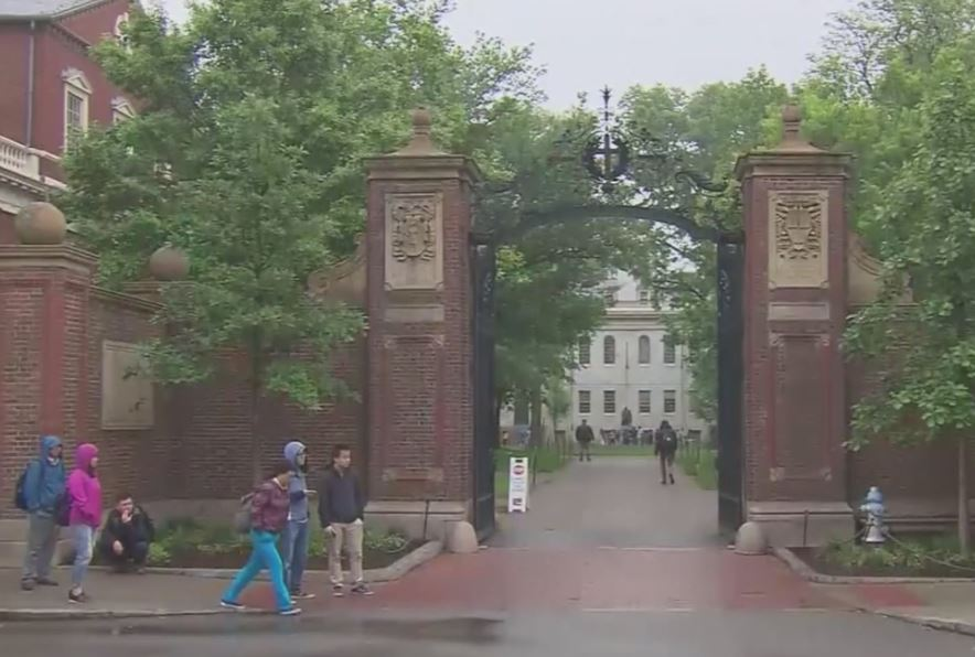 Harvard Rescinds Acceptance Letters After Obscene Posts in Chat Room