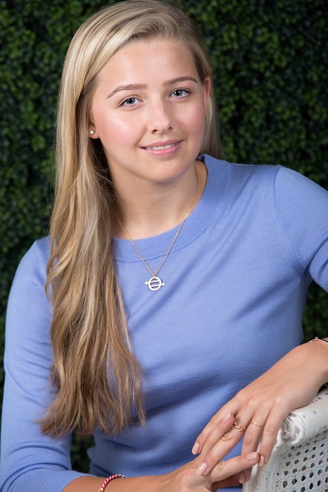 Wellfit Girls Hosts Event with National Teen Advocate Chessy Prout