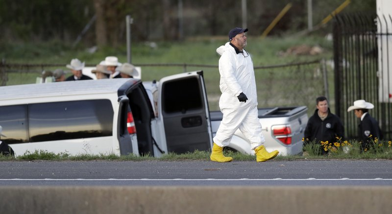 With police near, suspected Austin bomber blows himself up