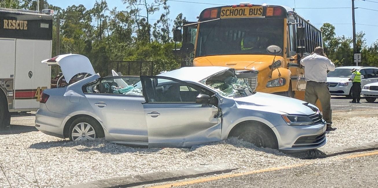 Victim ID\'d in fatal crash involving Lee County school bus