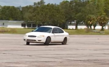 Video Shows Car Driving Wrong Way On US In Punta Gorda - Punta gorda car show