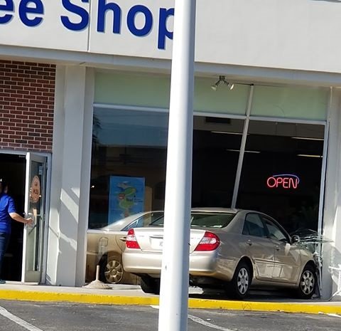 Crash at St. Matthew Thrift Store in Fort Myers. Photo via Juan Vidaurri.