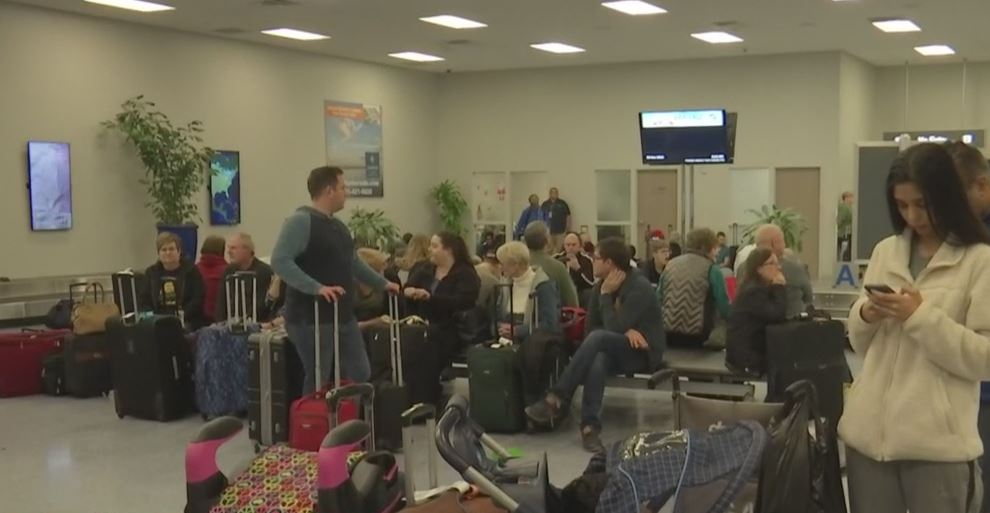Passengers stuck at Punta Gorda Airport because of dense fog Sunday, Dec. 30, 2018. Photo via WINK News.