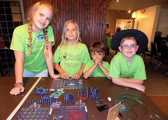 Grades 4-6: Homeschool Science Scholars Electric Explorers