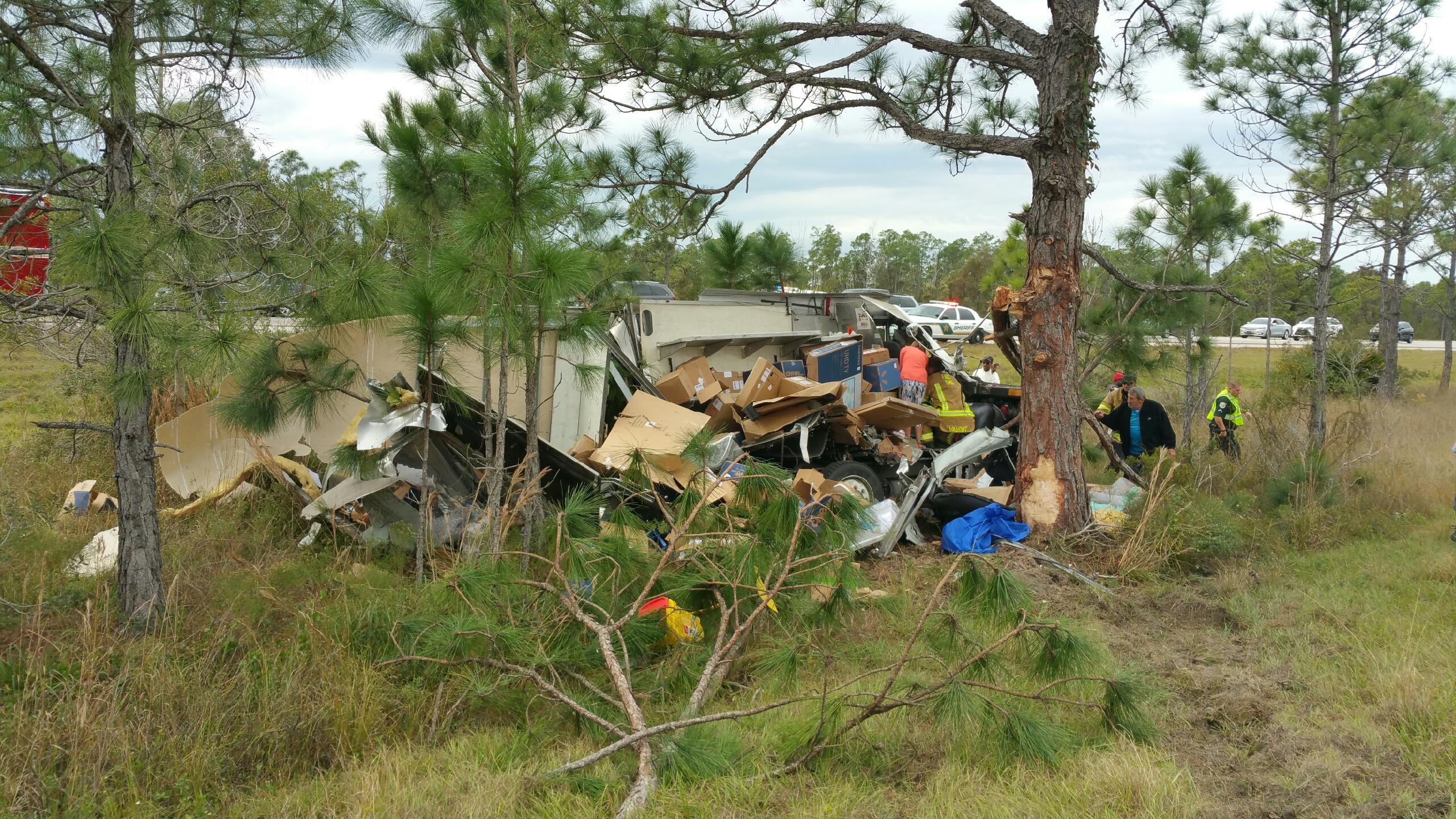 FedEx truck crash on northbound I-75 in Punta Gorda causing