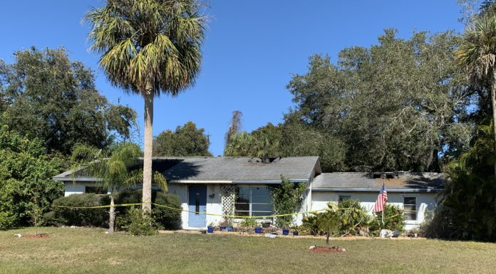 A Port Charlotte home was the site of a fire. Photo via WINK News.