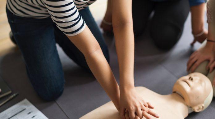 CPR techniques. (Unsplash photo)