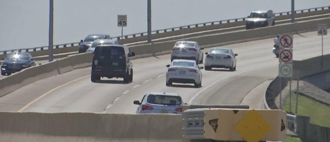 Delays expected on bridge. (Credit: WINK News)