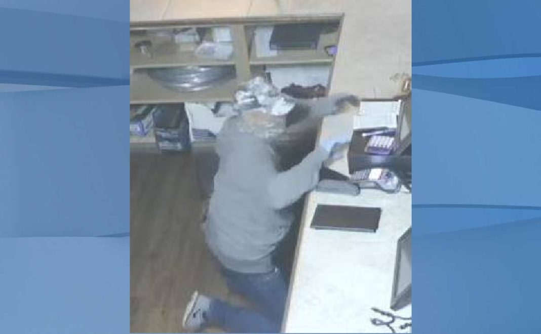 Burglary suspect. (Credit: SWFL Crime Stoppers)