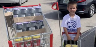 6-year-old helps feed the community. (Credit: WINK News)