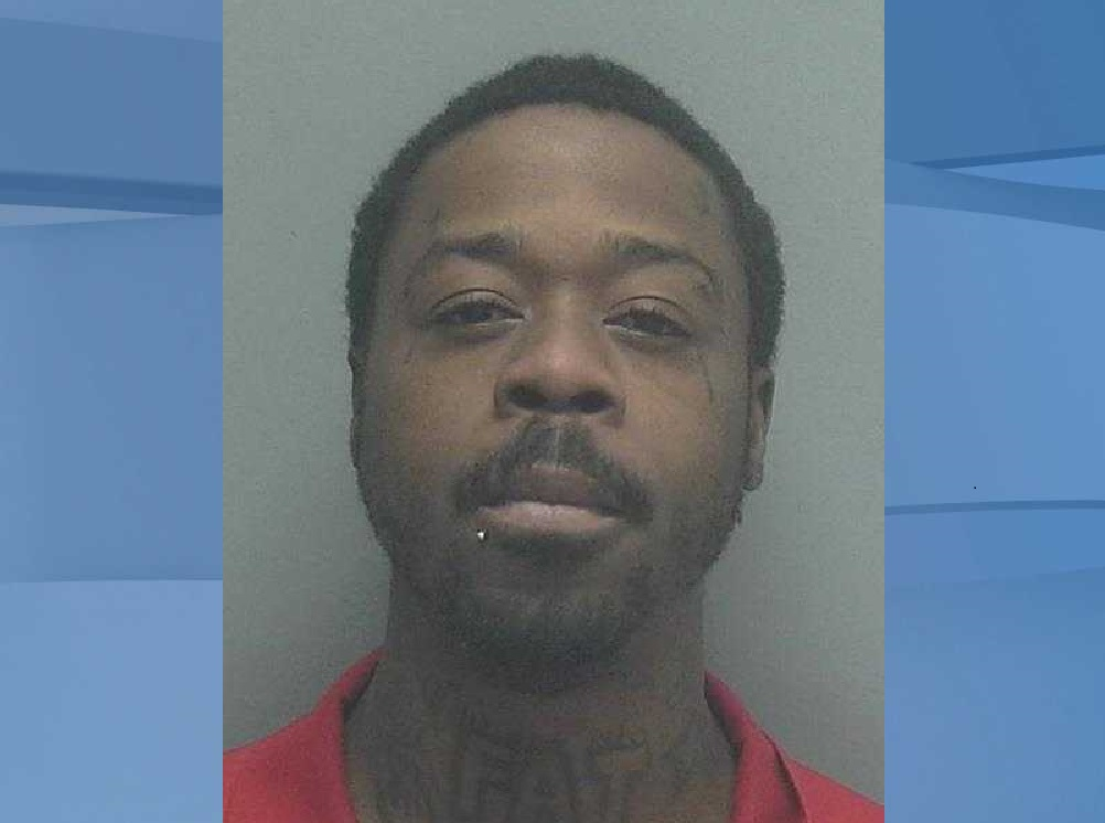 Mugshot of Tondrick Mack Jr., 34. (Credit: Lee County Sheriff's Office)