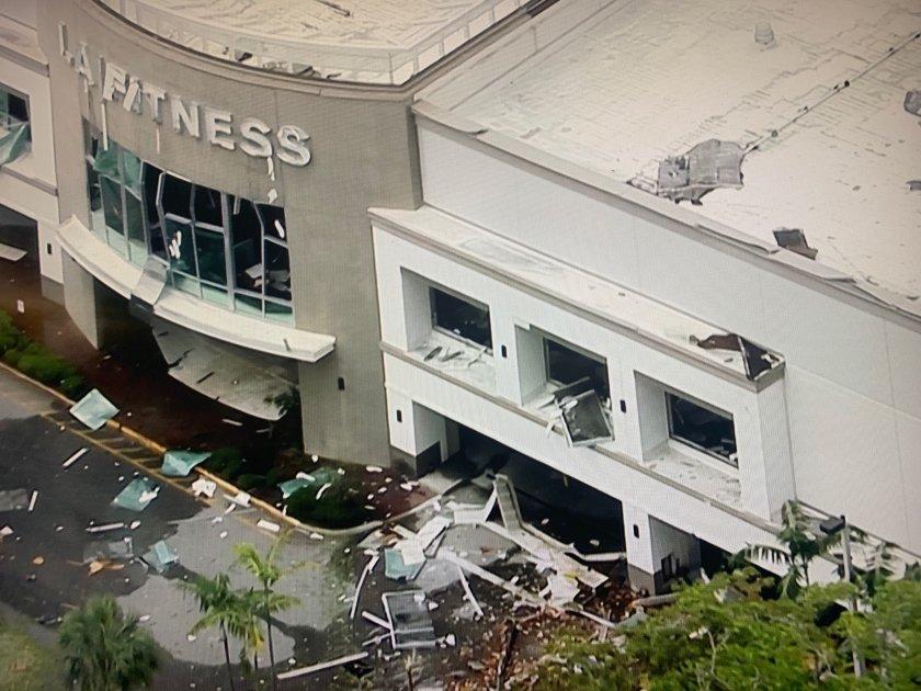 Explosion at Plantation, Florida shopping center injures 23