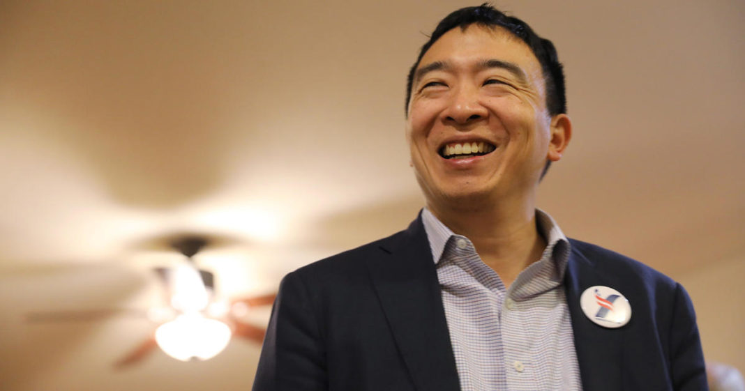 450,000 apply for shot at Andrew Yang's $1,000-a-month offer. (Credit: CBS News)