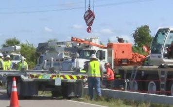 FPL is putting in a concrete pole on Thursday morning in Labelle to make sure these powerlines are storm resilient. (Credit: WINK News)