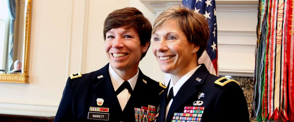 Maj. Gen. Maria Barrett poses with Brig. Gen. Paula Lodi during then Col. Lodi's promotion ceremony at the Army Navy Country Club in Arlington, VA on 12 July 2019. (Credit: U.S. Army)