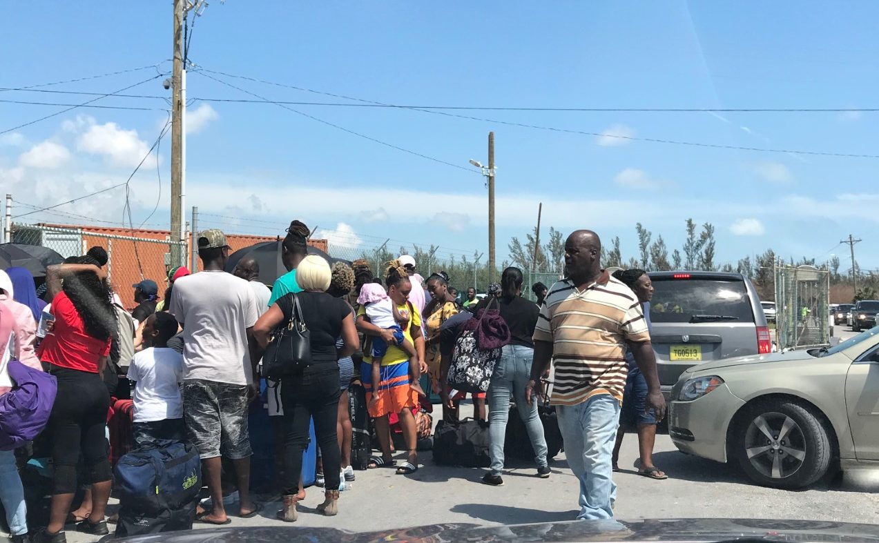 Long lines in the Bahamas to leave. (Credit: WINK News)