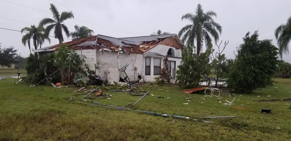 EF-1 tornado leaves mile-long trail of damage in NW Cape Coral