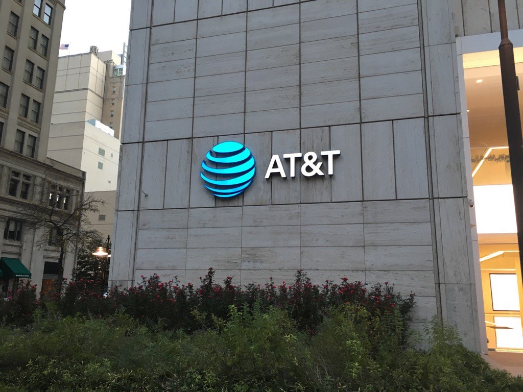 At T To Pay 60m For Slowing Data Speeds On Unlimited Plans