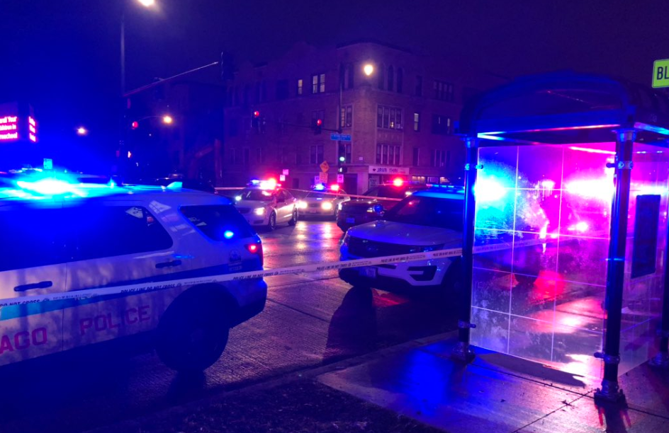 Scene of the shooting. (Credit: CBS Chicago)
