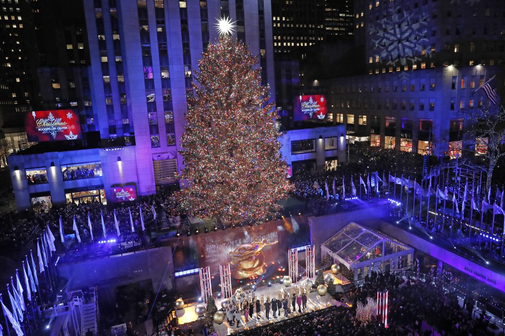 Christmas in NY: Its time for the Rockefeller tree lighting