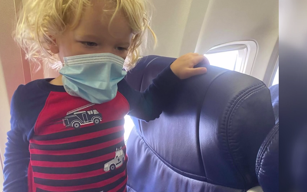Mom with 2-year-old says she followed Southwest mask policy but was fo... image