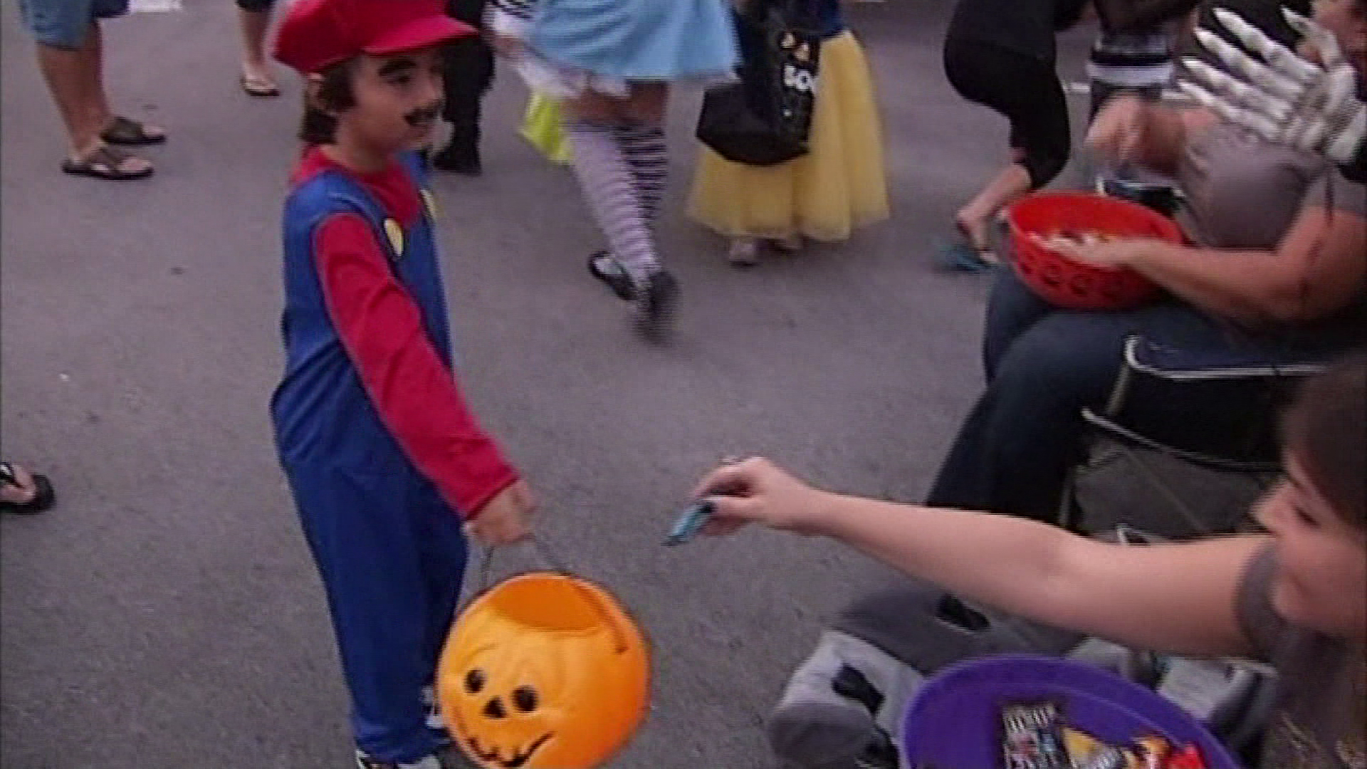 Halloween Tricking Treating In Cape Coral 2020 Cape Coral Halloween celebrations adjust to pandemic; list of
