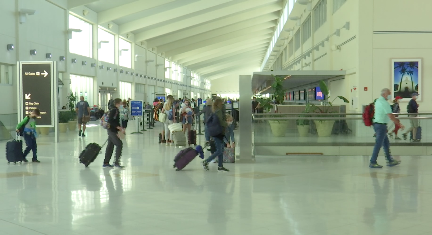 United Airlines offering new nonstop destinations from Fort Myers