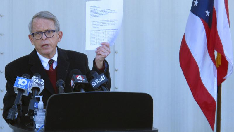 Thống đốc bang Ohio Mike DeWine. (Ảnh AP / Andrew Welsh-Huggins)