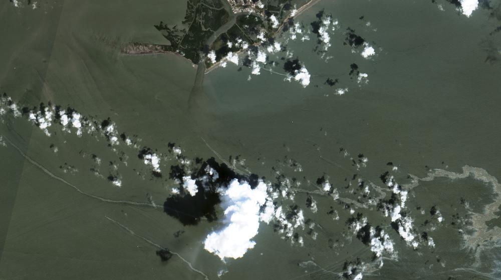 oil spill after Ida