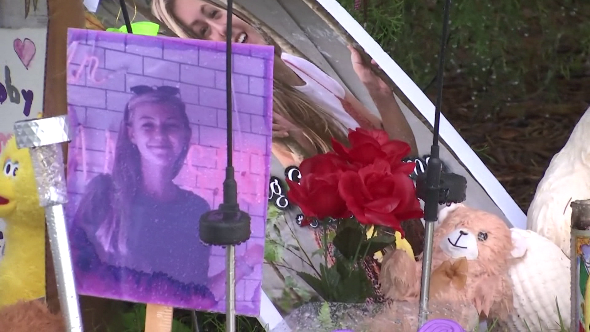 Memorial to Gabby Petito grows in North Port - Wink News