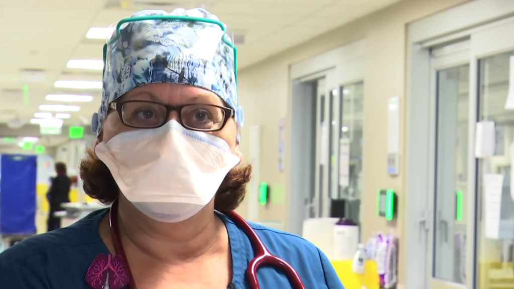 What it's like for a respiratory therapist working in a COVID-19 ICU