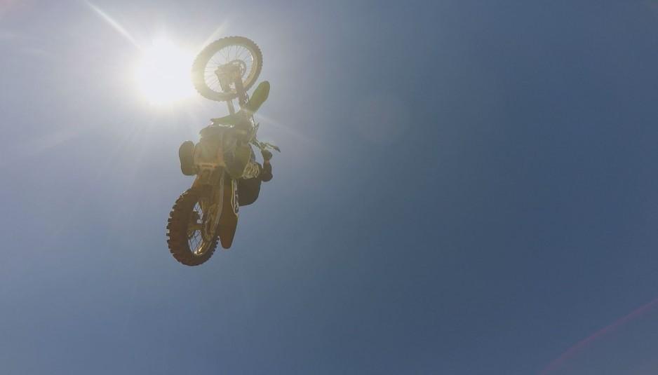 dirt-bike-rider00000000-938x535.jpg