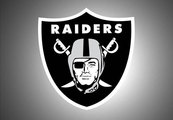 Raiders owner to meet with Vegas magnate, per report