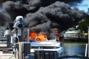 royalharbourboatfire